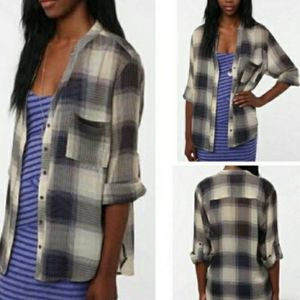 ♡UO Staring at Stars navy plaid button down tunic